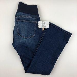 GAP Sexy Bootcut Maternity Jean Short